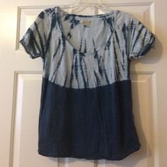 Lucky Brand Tie Dye Burnout Top A boho beauty with fab tie dye design. Preloved in great condition, smoke & pet free home! Lucky Brand Tops Tees - Short Sleeve
