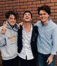 Anderson,Kian & Harrison Kian Lawley, Most Beautiful People, Pretty People, Harrison Webb, Merrell Twins, Boys Are Stupid, Bad Boy Aesthetic, Fotografia