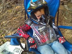 My little guy after a long day of riding waiting for the end of the day  family ride before we go home. 1a9d1c6d622d