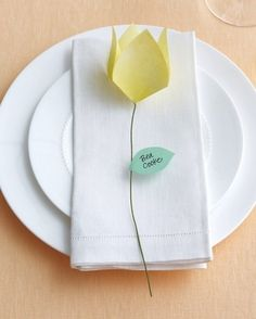 Origami Flower Place Cards | 35 Cute And Clever Ideas For Place Cards