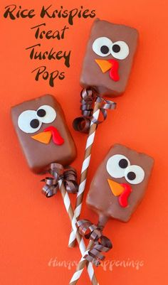 Rice Krispie Treat Turkeys – Cute and Silly Thanksgiving Lollipops Hungry Happenings: Chocolate Dipped Rice Krispies Treat Turkey Pops Rice Krispies, Rice Krispie Treats, Cereal Treats, Rice Krispie Turkey, Holiday Desserts, Holiday Treats, Holiday Fun, Holiday Foods, Holiday Baking