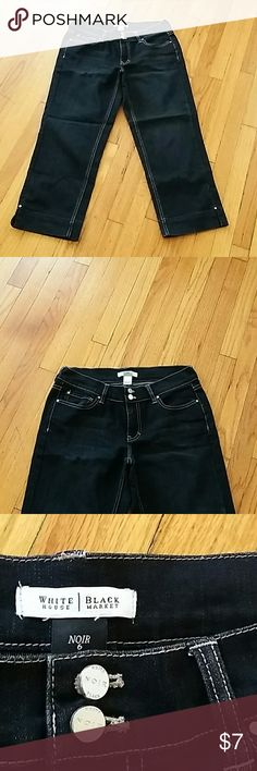 White HOUSE Black Market Nice women capri jeans White House Black Market Jeans
