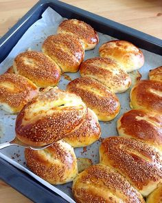 Tasty Bread Recipe, Bread Recipes, Turkish Recipes, Bagel, Food And Drink, Yummy Food, Homemade, Snacks, Cooking