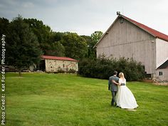Spring Hill Manor In Northeastern Maryland This Historic 1840s Barn Makes Incredible Wedding Reception Venue