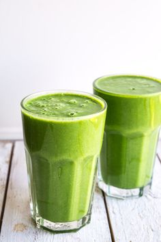 Smoothie med edamamebønner - Stinna Protein Smoothie Recipes, Juice Smoothie, Smoothie Drinks, Fruit Juice, Protein Foods, Healthy Smoothies, Healthy Drinks, Food N, Food And Drink