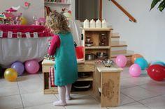 DIY : Petite cuisine pour enfants en caisses de vin