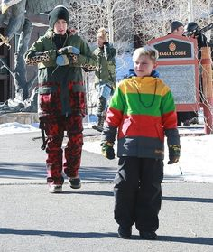Gwen Stefani and Gavin Rossdale take their boys Kingston and Zuma skiing in Mammoth, California