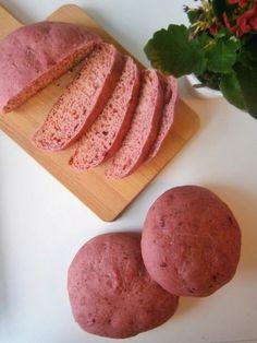 Pão Cor de Rosa. Esta e outras receitas em www.pimentadoce.net / Pink bread.  This and other recipes in www.pimentadoce.net