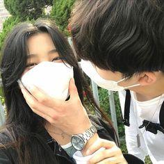 Korean Aesthetic, Couple Aesthetic, Best Friend Pictures, Cute Couple Pictures, Cute Couples Goals, Couple Goals, Korean Couple Photoshoot, Grunge, Korean Best Friends