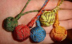 look like ball of yarn