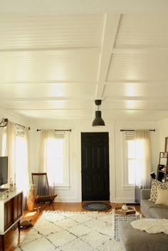 DIY-beadboard-living-room-ceiling-via-Lifestyle-and-Design-Online-Remodelista