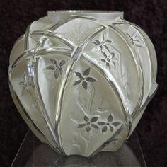 "Phoenix Glass Reuben Line ""700 Line"" Vase w/Label, Circa 1934"