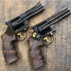 Airsoft hub is a social network that connects people with a passion for airsoft. Talk about the latest airsoft guns, tactical gear or simply share with others on this network 357 Magnum, Weapons Guns, Guns And Ammo, Airsoft, Revolver Pistol, Shooting Guns, Cool Guns, Firearms, Shotguns