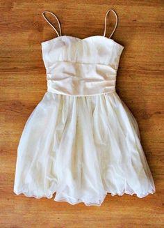 Kup mój przedmiot na #vintedpl http://www.vinted.pl/damska-odziez/krotkie-sukienki/6050040-sukienka-nude-ecru-tiulowa-rozkloszowana
