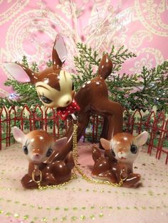 Vtg Anthropomorphic Christmas Fawn Deer Polka Dot Bow Tie Two Babies on Chains