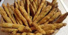 Ελληνικές συνταγές για νόστιμο, υγιεινό και οικονομικό φαγητό. Δοκιμάστε τες όλες Appetizer Recipes, Snack Recipes, Cooking Recipes, Appetizers, Healthy Bars, Healthy Snacks, Savoury Biscuits, Savoury Pies, Greek Cooking