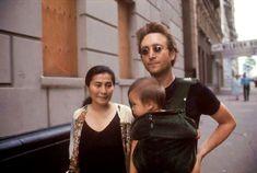 Rest in peace, John Lennon. Yoko Ono-Lennon, John Lennon, and Sean Lennon Imagine John Lennon, John Lennon Yoko Ono, John Lennon Paul Mccartney, John Lennon Beatles, Jon Lennon, Beatles Photos, The Fab Four, Ringo Starr, George Harrison