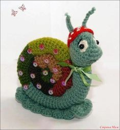 Knit or crochet snail Crochet Snail, Knit Or Crochet, Crochet For Kids, Crochet Animals, Crochet Crafts, Crochet Dolls, Yarn Crafts, Yarn Projects, Crochet Projects