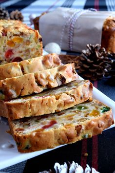 A common Christmastime tradition is fruitcake, and there's so many varieties to choose from. My version is free of alcohol and loaded with both candied and dried fruit, as well as walnuts. Christmas Apricot and Walnut Fruitcake just might be your… Easy Cake Recipes, Side Dish Recipes, Baking Recipes, Dessert Recipes, Cupcake Recipes, Salad Recipes, Cupcakes, Cupcake Cakes, Fruit Cakes