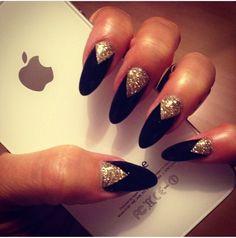 Nails black gold