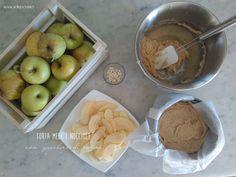 Torta mele e nocciole con zucchero di canna http://www.mangioridoamo.com/2016/10/04/torta-mele-e-nocciole-con-zucchero-di-canna/