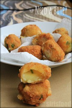 INGREDIENTS: Cheese grated – 75 gms Green chillis – 3 Corn Flour – 3 tbsp Pepper powder – tbsp Coriander Leaves – 2 tbsp Salt to taste Oil for deep frying Bread crumbs as Recipes Appetizers And Snacks, Snacks Für Party, Snack Recipes, Cooking Recipes, Chilli Cheese Nuggets, Corn Nuggets Recipe, Tapas, Cheese Bombs, Cheese Snacks