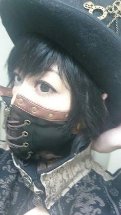 h.naotoのスチームパンクのマスク♪ 黒コンと三白眼コンのオッドアイで♪