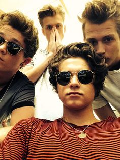 ImageFind images and videos about the vamps, james mcvey and connor ball on We Heart It - the app to get lost in what you love. Bradley Simpson, Celebrity Travel, Celebrity News, Celebrity Photos, Meet The Vamps, Vamps Band, Bradley The Vamps, Will Simpson, New Hope Club