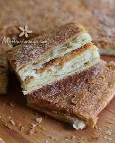 Du bon msemen bien croustillant et feuilleté qui nous rappelle un peu la pâte feuilletée, et change des msemens cuits à la pêole ,un vrai régal à l'heure du goûter ..! Ingrédients : 250 g de farine 250 g semoule très fine 1 c.c de sel 2 c.s de sucre 1...