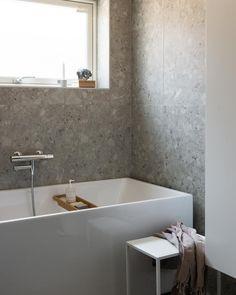 Interior Styling, Interior Design, Modern Bathroom, Bathroom Interior, Bathroom Inspiration, Bathroom Ideas, Bathtub, Instagram, Interiors