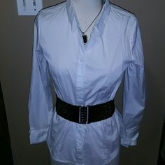 Mojo Mojo Button down top Sz XL  and black waist belt made of patten leather. Mojo Tops Blouses