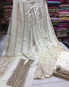 No photo description available. Pakistani Dresses, Indian Dresses, Indian Outfits, Stylish Dresses For Girls, Stylish Dress Designs, Dress Indian Style, Indian Wear, Saree Blouse Neck Designs, Eid Outfits