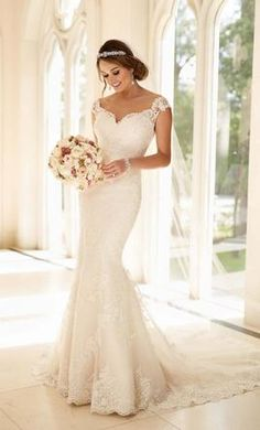 Stella York 6249 wedding dress currently for sale at 0% off retail.