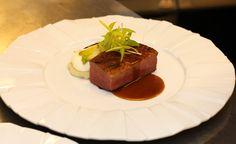 Piept de rață cu piure de cartofi, andivă și cremă de ceapă Executive Chef, Pastry Chef, Fine Dining, Steak, Restaurant, Food, Diner Restaurant, Essen, Steaks