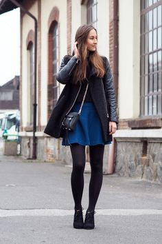 You may also pop up your winter fashion look with skirt outfit and glamorized your winter look. teal mini flare skirt can grab the attention on winter black Winter Skirt Outfit, Skirt Outfits, Winter Outfits, Summer Outfits, Fashion Tights, Fashion Outfits, Fashion Fashion, Fashion Ideas, Fashion Inspiration