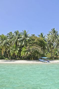Bocas del Toro, Panama Beautiful water, beautiful beaches, and amazing snorkeling here at the north eastern corner of Panama near the Costa Rica border.