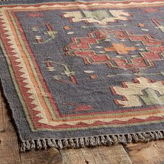 PERSIMMON MEDALLION DHURRIE RUG: View 2