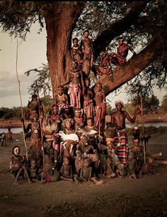 La mayoría de los Dassanech, de Etiopía, son musulmanes aunque también se han visto influenciados por los misioneros evangelistas. Foto: Jimmy Nelson Pictures BV