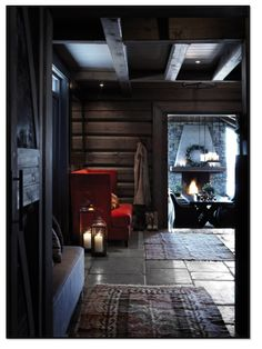 Norwegian wooden house in the mountains and cozy evenings by the fireplace on Christmas Eve. Cozy Cabin, Cozy House, Cabin Homes, Log Homes, Chalet Design, House Design, Mountain Cottage, Cottage Interiors, Black Interiors