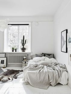 New Modern Bedroom Decorating Ideas - CHECK PIN for Lots of DIY Bedroom Decor Ideas. 77648432 #bedroomideas #bed