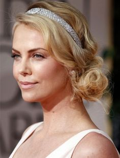 Perfect wedding day hair! Beautiful sparkly headband plus a messy side bun! So chic!