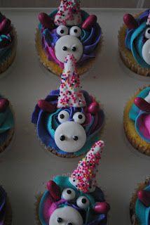 Juli Jacklin's Cupcakes: Unicorn Cupcakes for Maddy's 12th Birthday