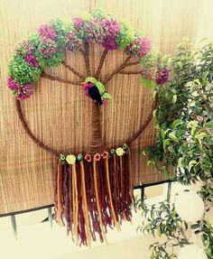 Weaving Art, Weaving Patterns, Loom Weaving, Wire Crafts, Diy And Crafts, Arts And Crafts, Crochet Wall Art, Textile Fiber Art, Crochet Mandala