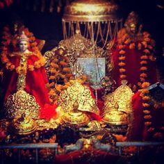 85 Best Maa Vaishno Devi images | Vaishno devi, Mata rani, Buddhist temple