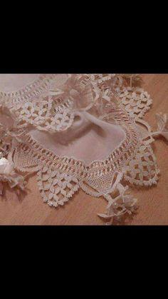 Neşe'nin gözdeleri Needle Lace, Bobbin Lace, Crochet Borders, Crochet Flowers, Needlepoint, Tatting, Knots, Elsa, Needlework