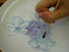 Grapes/leaves チャイナペイントで描く葡萄〜葉 - YouTube