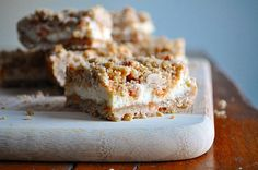 Little B Cooks: Chronicles from a Vermont foodie: Butterscotch Cheesecake Bars No Bake Desserts, Just Desserts, Delicious Desserts, Dessert Recipes, Yummy Food, Fall Desserts, Cheesecake Bars, Cheesecake Recipes, Cookie Recipes