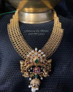 Jewelry Design Earrings, Gold Earrings Designs, Gold Jewellery Design, Gold Designs, Necklace Designs, Gold Necklace Simple, Gold Jewelry Simple, Gold Necklaces, Simple Earrings