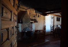 La casa de la villa del s.XX en Calatañazor, Soria by http://tupersonalshopperviajero.blogspot.com.es/2013/07/outfit-de-inspiracion-militar-para.html