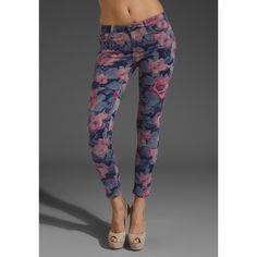 Joe's Jeans Floral Print Crop ($178) ❤ liked on Polyvore featuring bottoms and joe's jeans